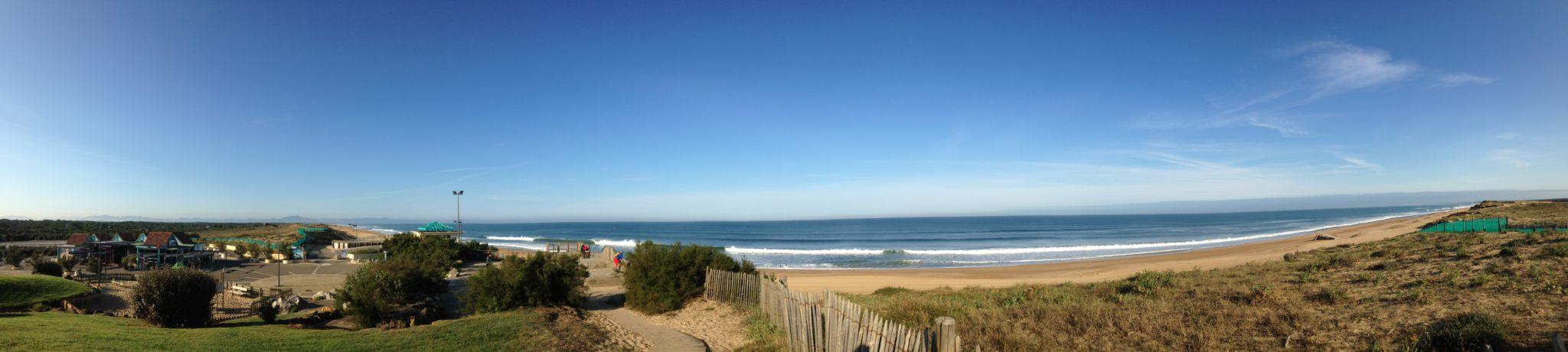 Vue panoramique depuis l'esplanade de la plage
