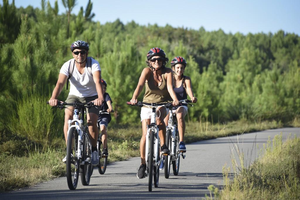 velo-famille-landes-piste-cyclable